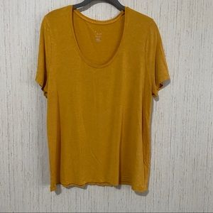 A New Day Round Neck Tee Size Extra Large Mustard